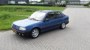 Peugeot 309 GTI 16 (1990)