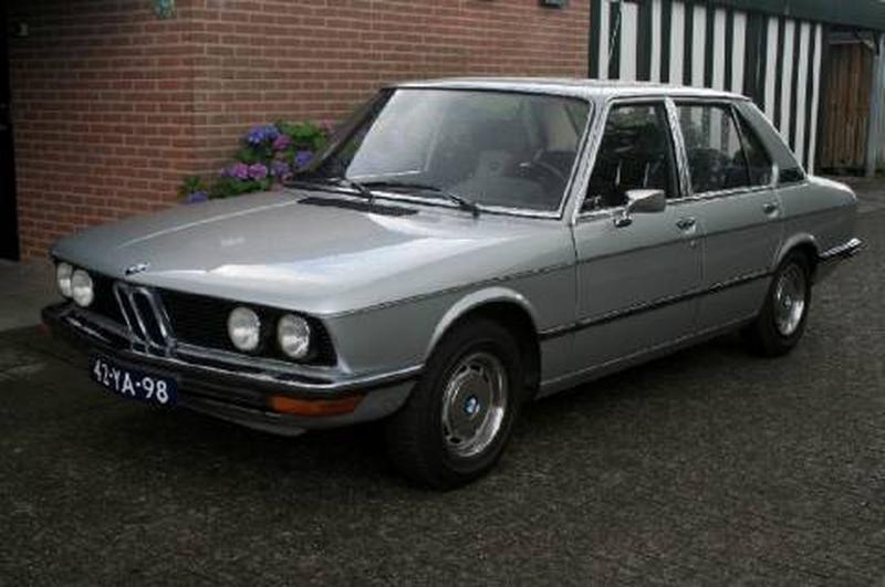 BMW 5-serie E12 (1975)