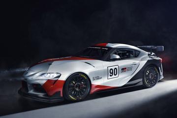 Toyota GR Supra GT4 Concept breekt los