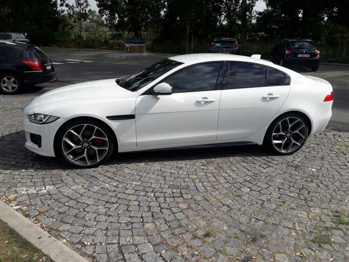 Jaguar XE 3.0 S (2016)
