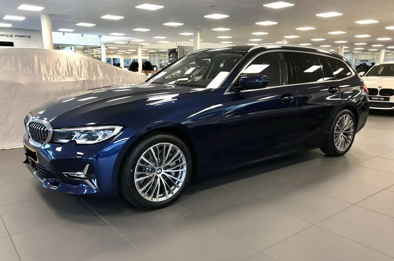 BMW 330i Touring (2019)