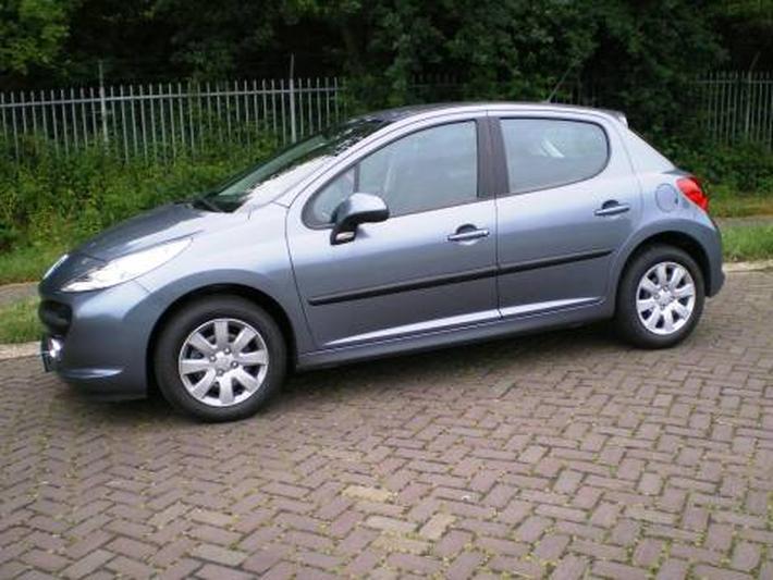 Peugeot 207 X-Line 1.4 (2008)