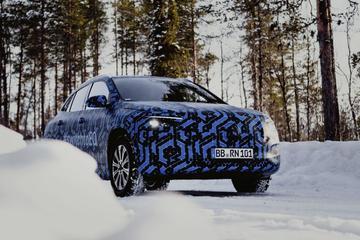 Mercedes-Benz EQA in beeld
