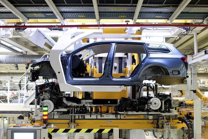 Volkswagen fabriek productie Emden Passat