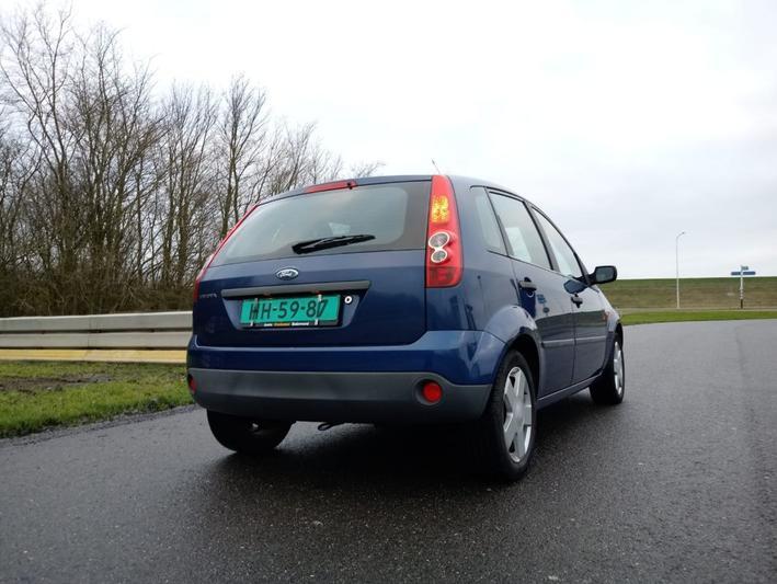 Ford Fiesta 1.3 Cool & Sound (2008)