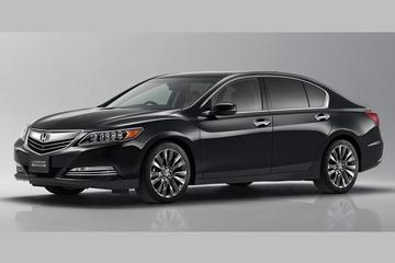 Honda Legend na 10 jaar compleet in het nieuw