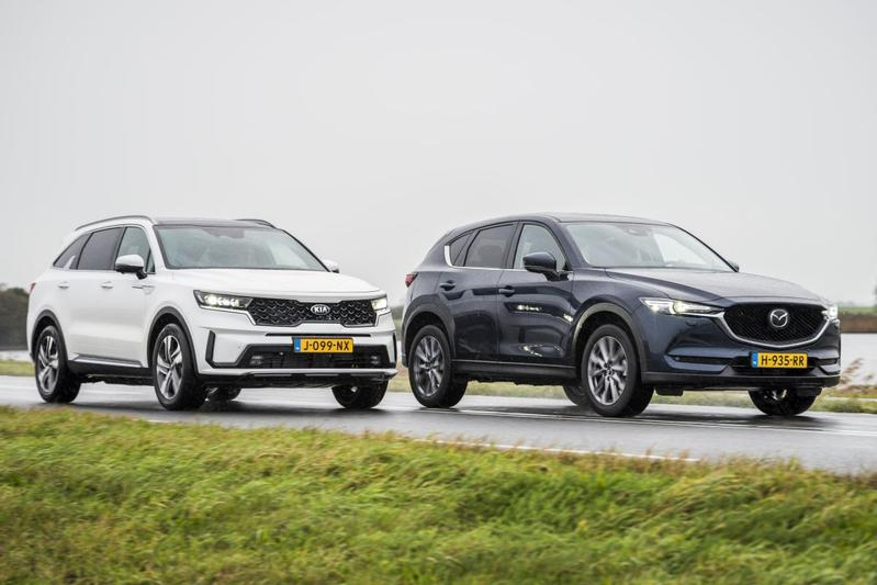 Test: Kia Sorento vs. Mazda CX-5