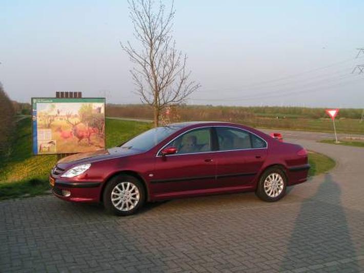 Peugeot 607 2.2 HDI (2004)