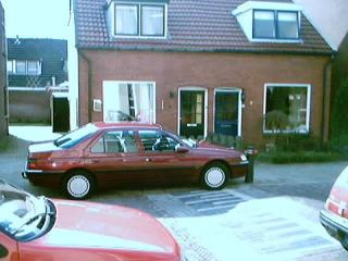 Peugeot 605 SL 2.0 (1995)