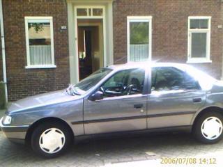 Peugeot 405 GL 1.6i (1993)