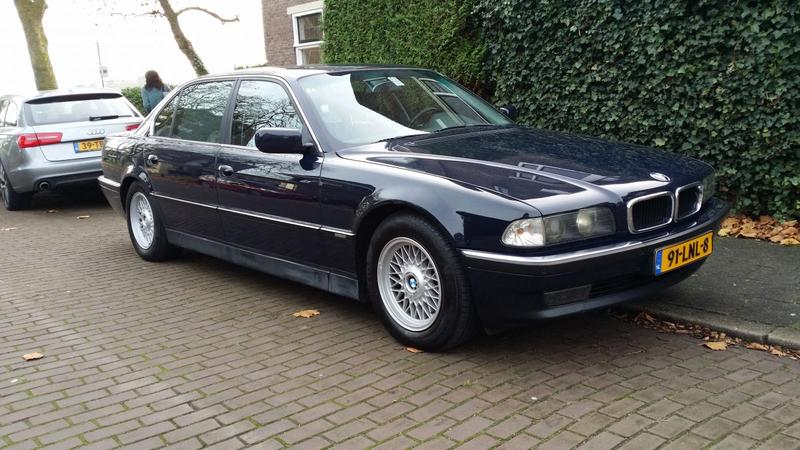 BMW 740iL Executive (1995)