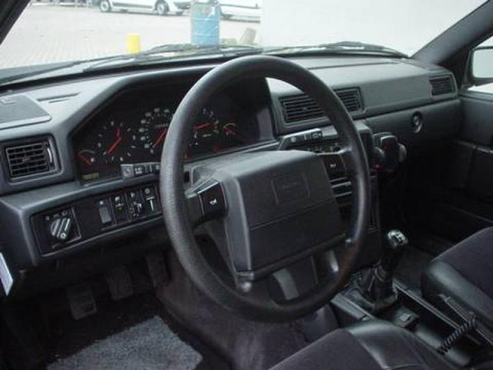 Volvo 940 Estate Polar 2.3 Holiday (1997)