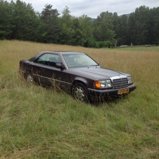 Mercedes-Benz 230 CE (1991)