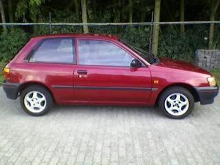 Toyota Starlet 1.3 XLi (1996)