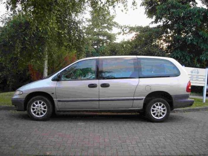 Chrysler Grand Voyager 2.4i SE Luxe (2000)