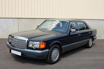 Mercedes-Benz 560 SEL (1988)