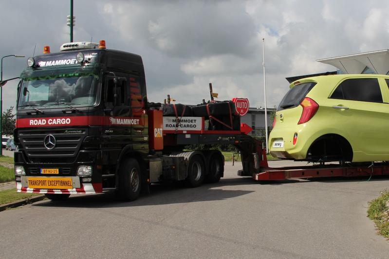 Daimler verkoopt veel meer trucks