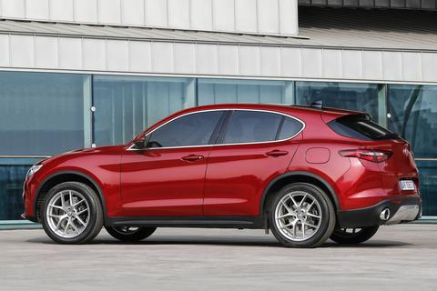 alfa romeo stelvio 2 0t 280pk awd super. Black Bedroom Furniture Sets. Home Design Ideas