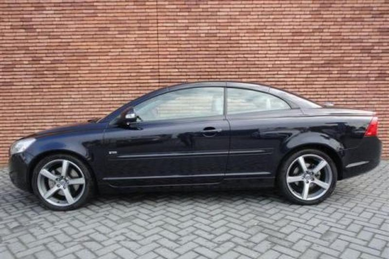 Volvo C70 2.4i Intro Edition (2010)