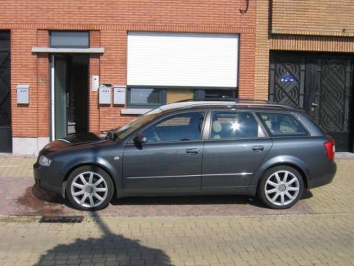 Audi A4 Avant 2.5 TDI 180pk quattro (2003)