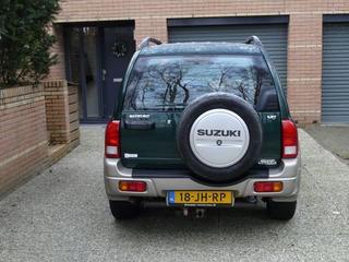 Suzuki Grand Vitara 2.5 V6 (2002)