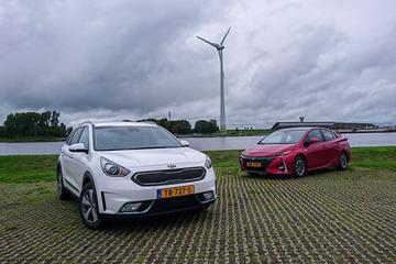 Kia Niro PHEV vs Toyota Prius Plug-in - Dubbeltest