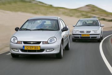 Chrysler Neon - Volkswagen Bora