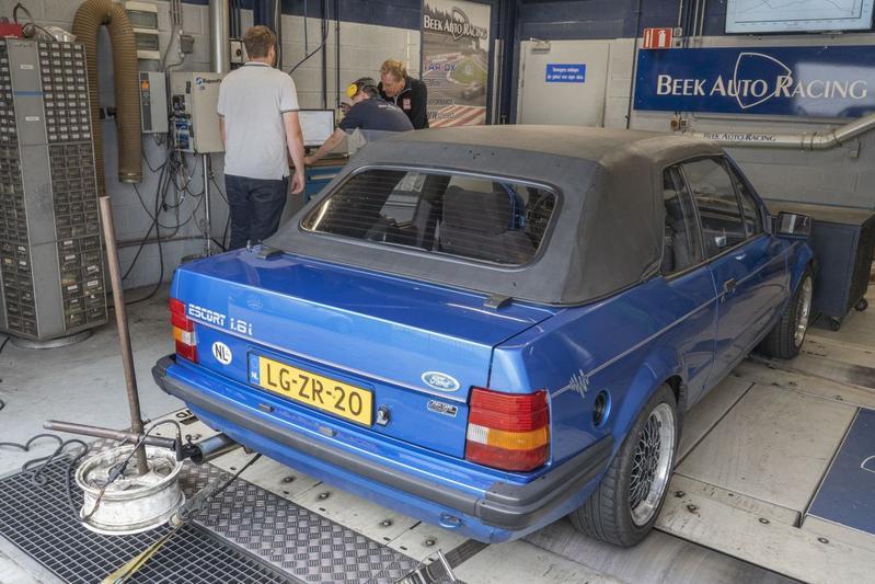 Ford Escort Cabrio 1.6i (1984) - Op de Rollenbank