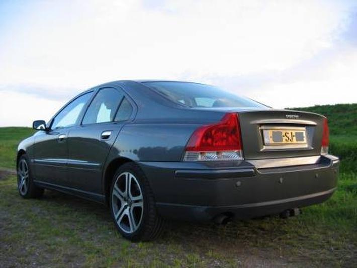 Volvo S60 2.4D Edition II (2006)