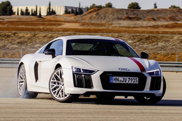 Rij-impressie: Audi R8 V10 RWD