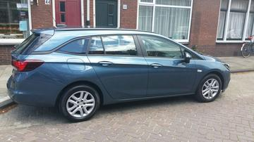 Opel Astra Sports Tourer 1.0 Turbo Online Edition (2017)