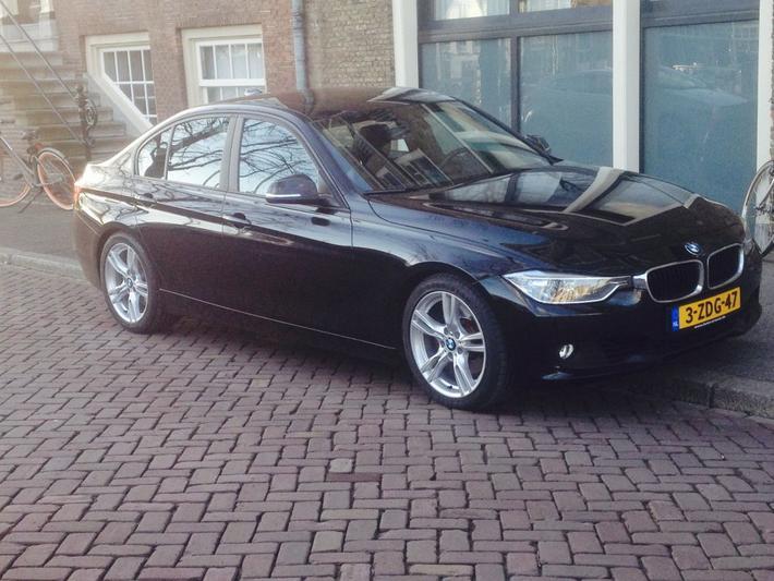 BMW 330d (2013)
