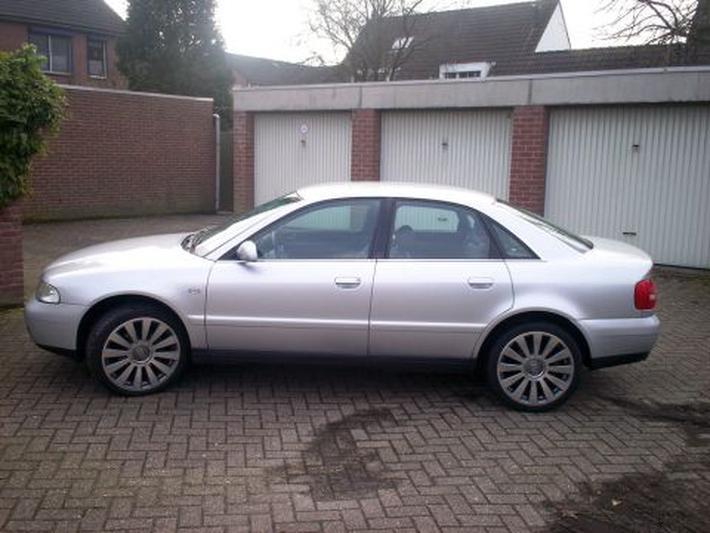 Audi A4 1.9 TDI 115pk (2000)