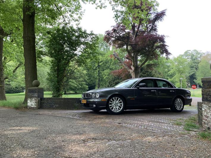 Jaguar XJ8 4.2 Executive (2003)