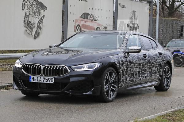 BMW 8-serie Gran Coupé rijdt zich in de kijker