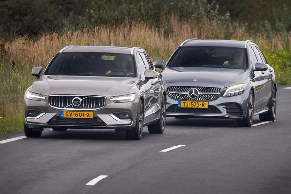 Video: Mercedes-Benz C-klasse vs. Volvo V60 - Dubbeltest