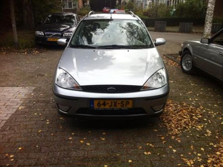 Ford Focus Wagon 1.6 16V Cool Edition (2002)