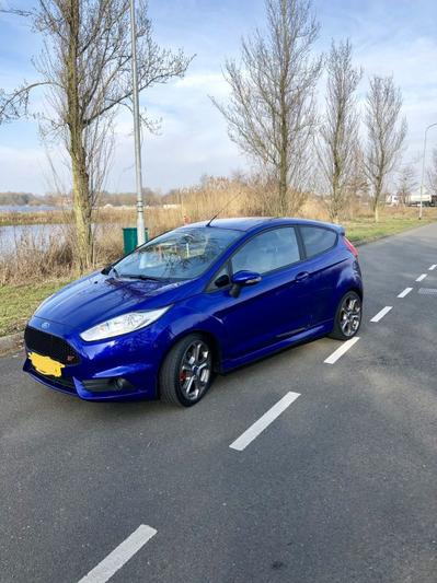 Ford Fiesta 1.6 EcoBoost ST2 (2014)