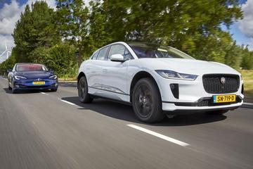 Jaguar I-Pace vs Tesla Model S 75d