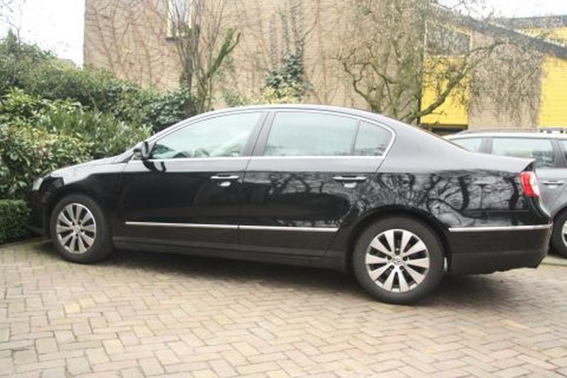 Volkswagen Passat 2.0 TDI 110pk BlueMotion Comfortline (2009)