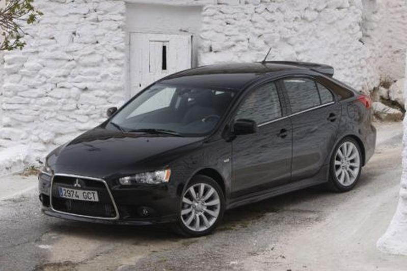 Mitsubishi Lancer Sportback 1.6 ClearTec Edition One (2011)
