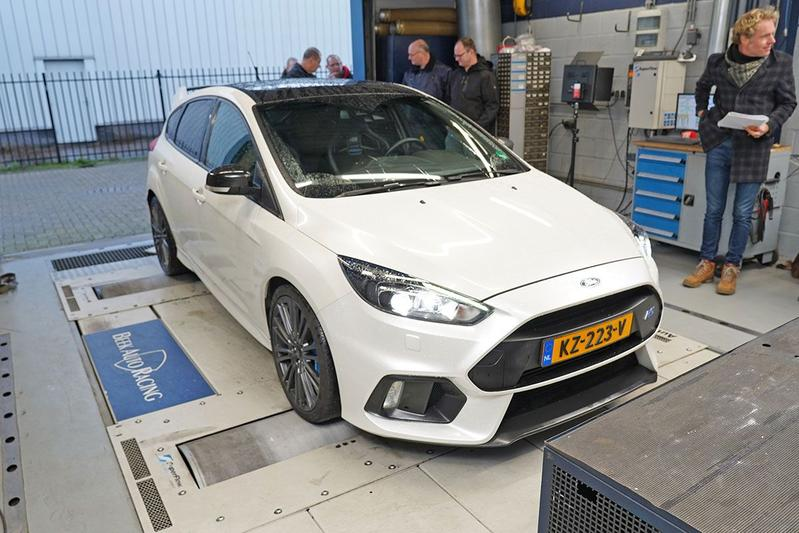 Ford Focus RS - Op de Rollenbank