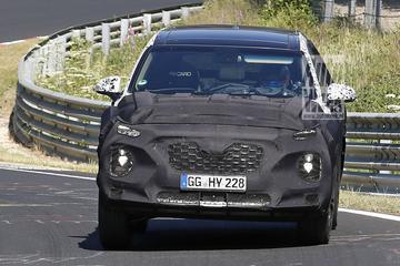Hyundai Santa Fe strekt de benen