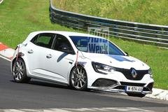 Betrapt: Renault Mégane RS Trophy