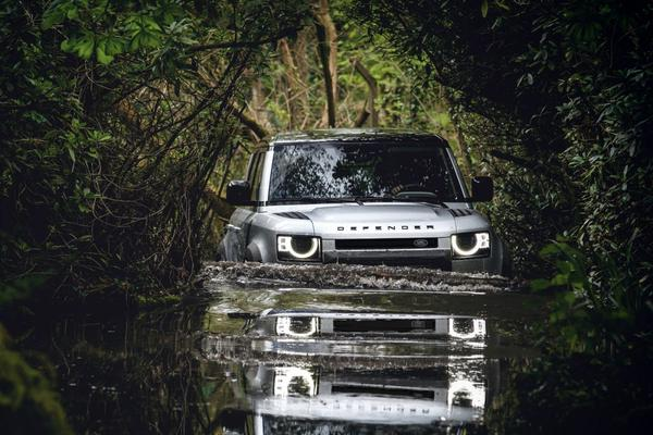 Stuart Frith, Chief Engineer Land Rover Defender - Interview