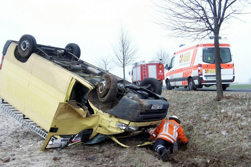 Verkeersongeval Duitsland ongeluk ambulance