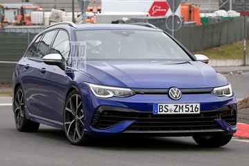 Volkswagen Golf R Variant betrapt bij de Nürburgring