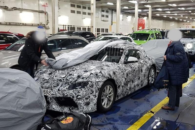 Van dichtbij: BMW Z4 en Toyota 'Supra'