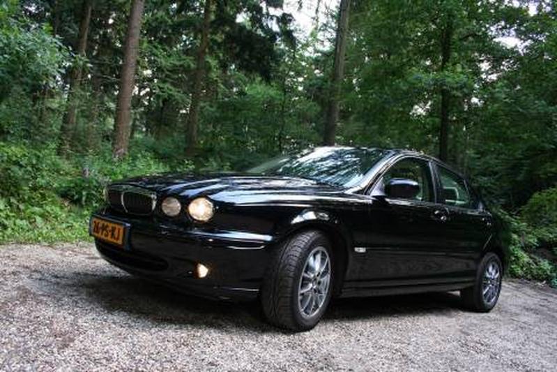 Jaguar X-Type 2.0D (2004)