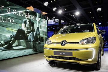 Vernieuwde Volkswagen e-Up in productievorm te zien